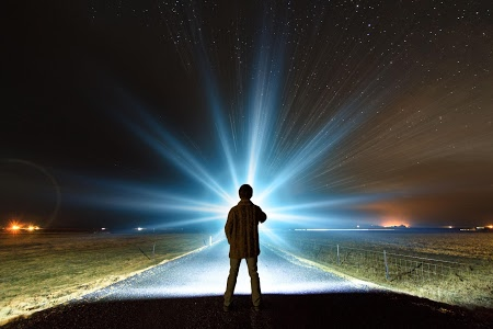 Download Flashlight Brightest LED TOP 8.4 APK