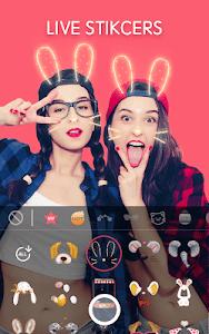 screenshot of Sweet Snap - live filter cam , Selfie photo edit version 2.13.165